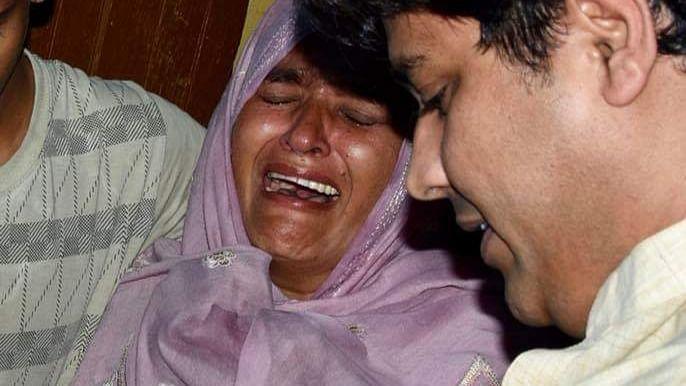 قاتل طاقتور اور پیسہ والے ہیں، ان کی ضمانت ہو گئی: موب لنچنگ کے شکار مرحوم جنید کی والدہ