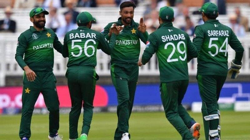 پاکستان کے چھ کرکٹر تین جولائی کو انگلینڈ روانہ ہوں گے