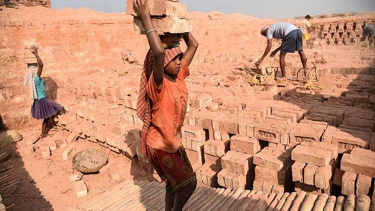 کورونا سے پیدا معاشی بحران میں 21 فیصد فیملی بچوں سے مزدوری کرانے پر مجبور