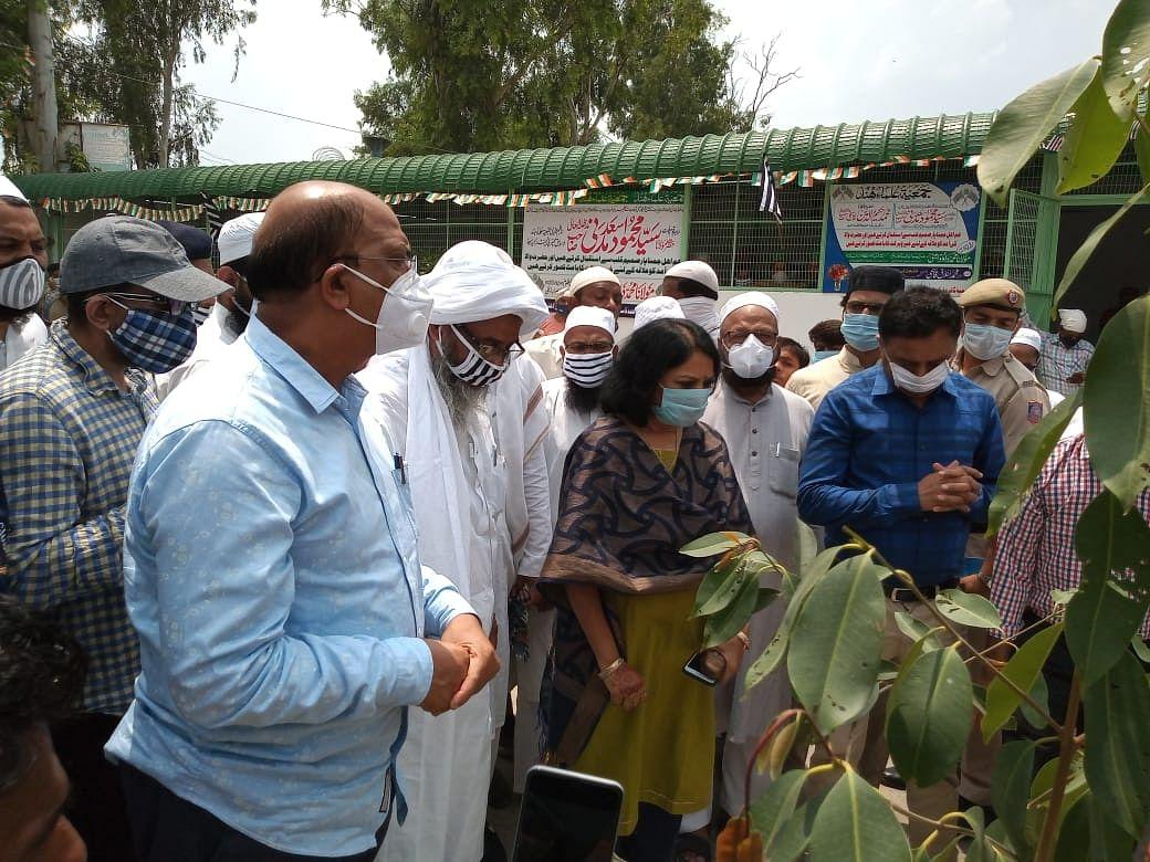 دہلی فساد: جمعیۃ علماء ہند کی جانب سے 'گوکل پوری ٹائر مارکیٹ' کی دکانوں کا تعمیری کام مکمل