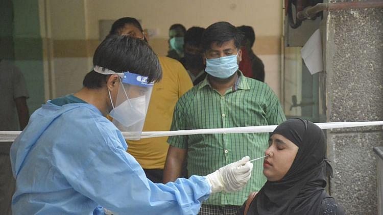 کورونا: ہندوستان میں بد سے بدتر ہو رہے حالات، ایک دن میں ریکارڈ 35 ہزار کیسز درج