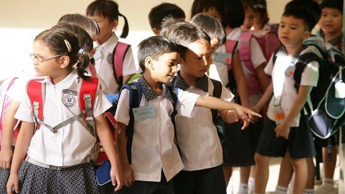 کورونا وبا: بڑھتی غربت کے سبب 97 لاکھ بچے چھوڑ سکتے ہیں اسکول