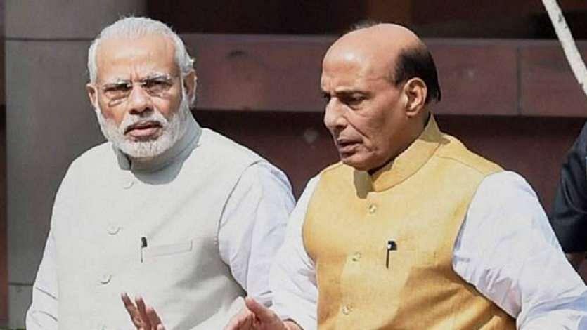 وزیر دفاع راج ناتھ کا 'پتہ کاٹ کر' پی ایم مودی خود پہنچ گئے لداخ!