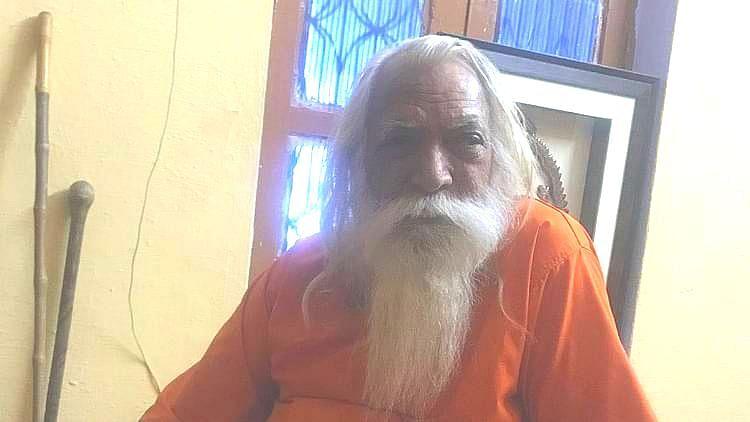 بھومی پوجن: رام مندر کے بڑے پجاری ستیندر داس اچانک 'کوارنٹائن'!