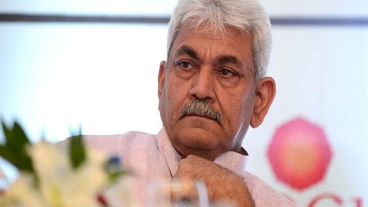 جموں و کشمیر میں میڈیا حکومت پر تنقید کے لیے آزاد ہے: لیفٹیننٹ گورنر