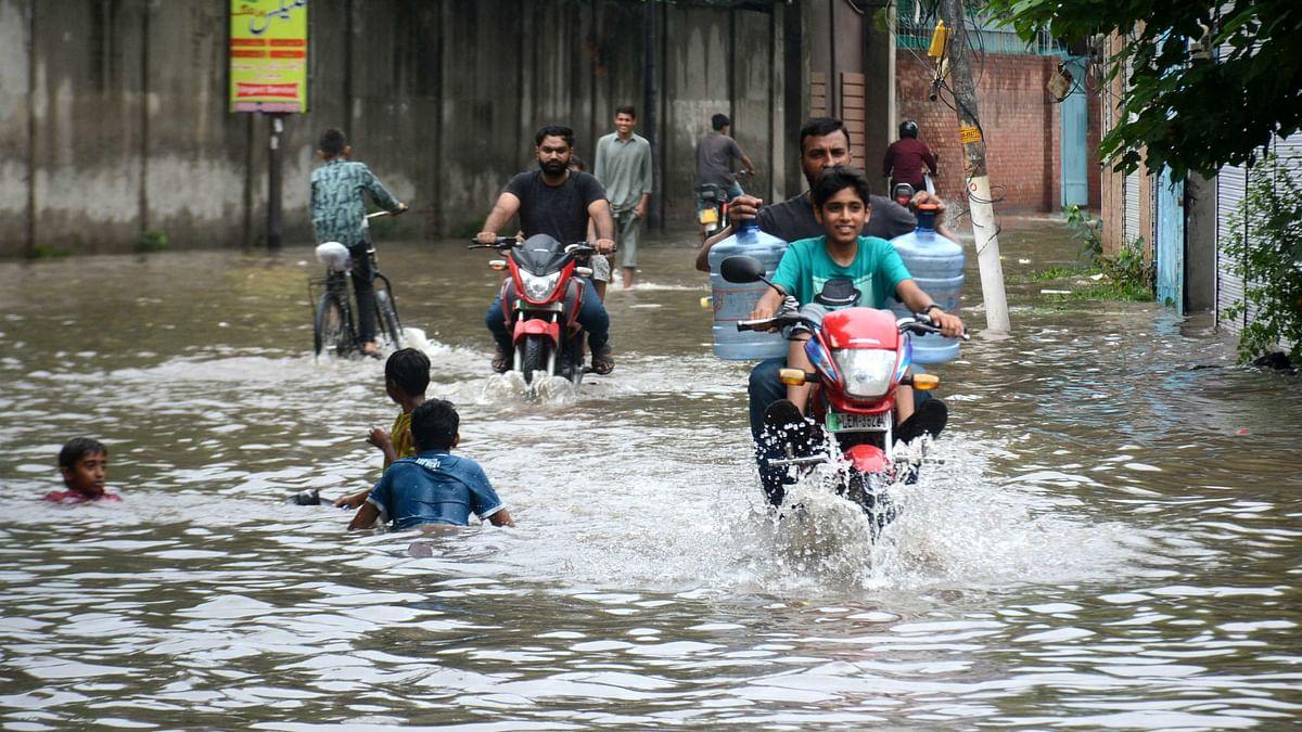 بہار: کئی اضلاع سیلاب سے بے حال، گنگا اور پن پن میں طغیانی، کئی گاؤں میں پانی داخل