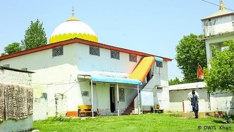مندر کے رکھوالے مسلمان
