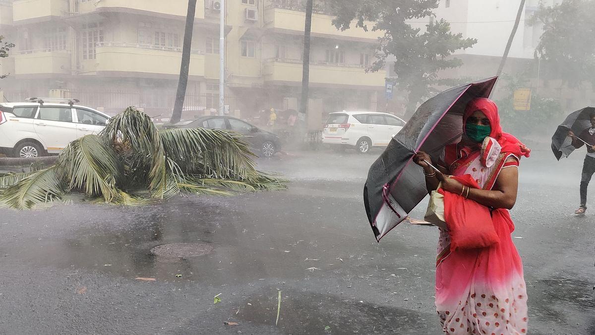 ممبئی: طوفانی بارش سے 'نصف صدی' کا ریکارڈ ٹوٹ گیا!