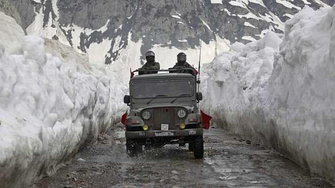 حقیقی کنٹرول لائن پر سخت نگرانی اور فوری کارروائی کی ضرورت:وزارت دفاع
