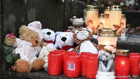 ماں نے کیوں اپنے پانچ کمسن بچوں کو مار ڈالا؟