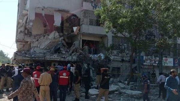 پاکستان: کراچی کی چار منزلہ عمارت میں دھماکہ، 5 افراد ہلاک، 20 زخمی