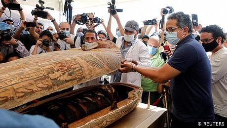 مصر میں ڈھائی ہزار سال پرانے تابوتوں کی دریافت