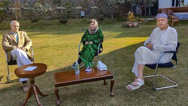 کوئی حکومت ہمیشہ نہیں رہے گی،ہم انتظار کریں گے، عمرعبداللہ کا آرٹیکل 370 پر بیان