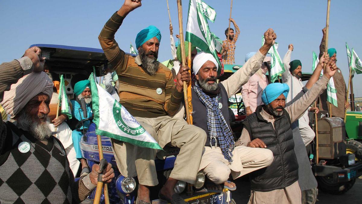 کسانوں نے 'نرنکاری گراؤنڈ' جانے سے کیا انکار، سنگھو بارڈر پر ہی جاری رہے گا مظاہرہ
