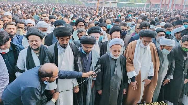 مولانا کلب صادق نم آنکھوں کے ساتھ سپردِ خاک، 2 جگہ پڑھی گئی نماز جنازہ، پی ایم مودی اور راہل گاندھی کا اظہارِ تعزیت