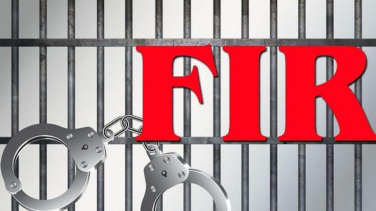 اتر پردیش میں دو صحافیوں کے خلاف ایف آئی آر درج