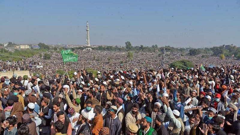 پاکستان کی تاریخ کا سب سے بڑا جلوس جنازہ...سہیل انجم