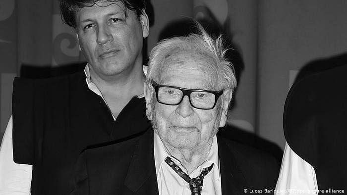 عالمی شہرت یافتہ فرانسیسی فیشن ڈیزائنر پیئر کارداں انتقال کر گئے