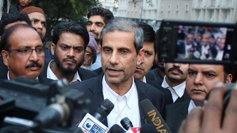اہم خبریں: محمود پراچہ کے دفتر پر دہلی پولیس کا چھاپہ