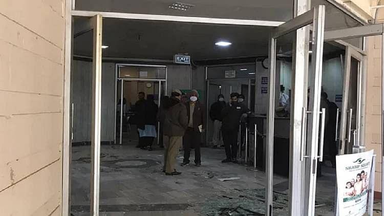 دہلی جَل بورڈ دفتر میں توڑ پھوڑ، راگھو چڈھا نے بی جے پی کے 'غنڈوں' پر لگایا الزام