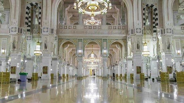 مسجد حرام میں سنگ مرمر کے 4000 سلیب کب بدلے گئے؟