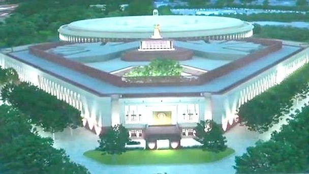 دنیا کے کئی ممالک صدیوں پرانے پارلیمنٹ ہاؤس میں کر رہے ہیں میٹنگ، لیکن ہندوستان...