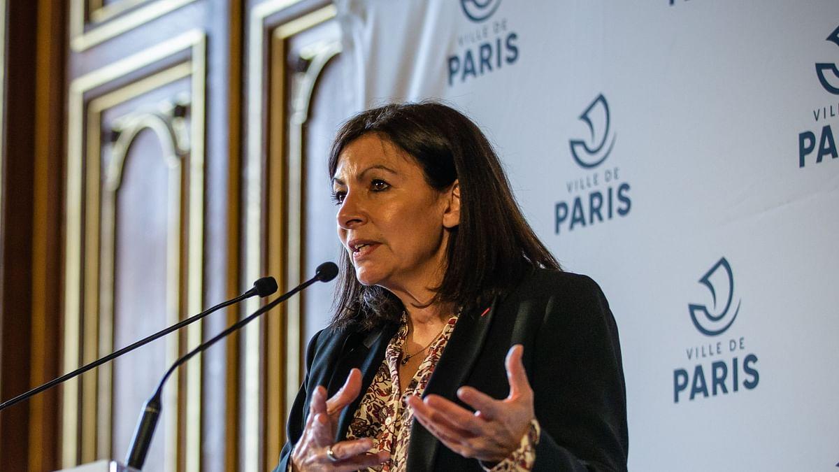 پیرس کی خاتون میئر اینے ہڈیلگو، تصویر آئی اے این ایس
