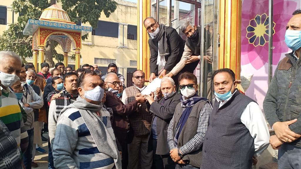 دگمبر جین کالج میں 'اے بی وی پی' کا ہنگامہ، 'شروتی دیوی' کی مورتی ہٹانے کا مطالبہ
