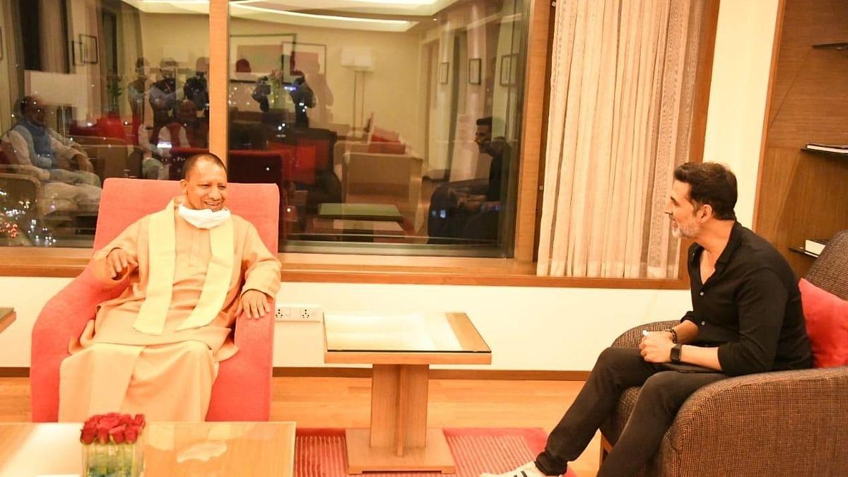 یوگی کی فلم سٹی پر ادھو کا بیان 'ریاست کی صنعت کو باہر نہیں جانے دیا جائے گا'