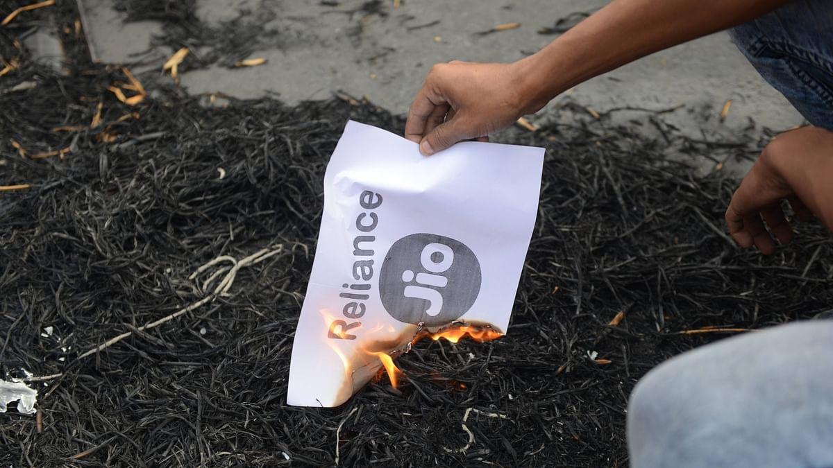 کسان تحریک: 'جیو' کا خوف بے وجہ نہیں، بڑی تعداد میں نمبر ہو رہے 'پورٹ'