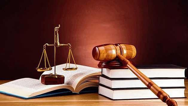 عدالتیں بول تو بہت رہی ہیں لیکن کارروائی کیوں نہیں کر رہیں؟