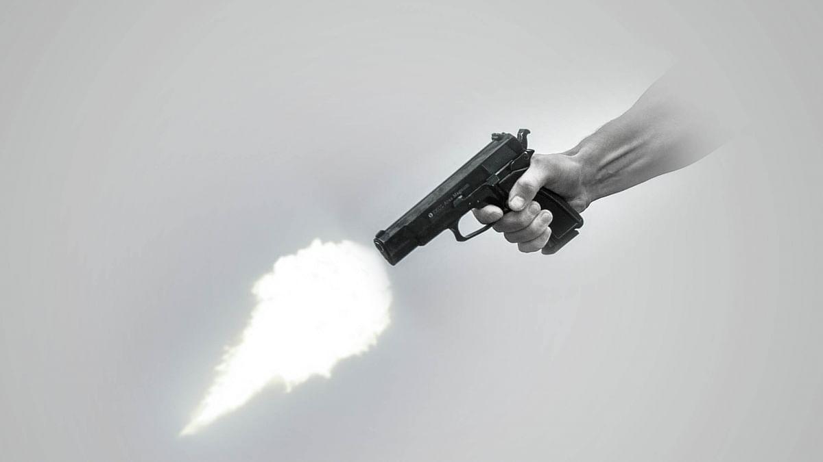نیویارک: فائرنگ کر رہے شخص کو پولیس نے گولی مار دی