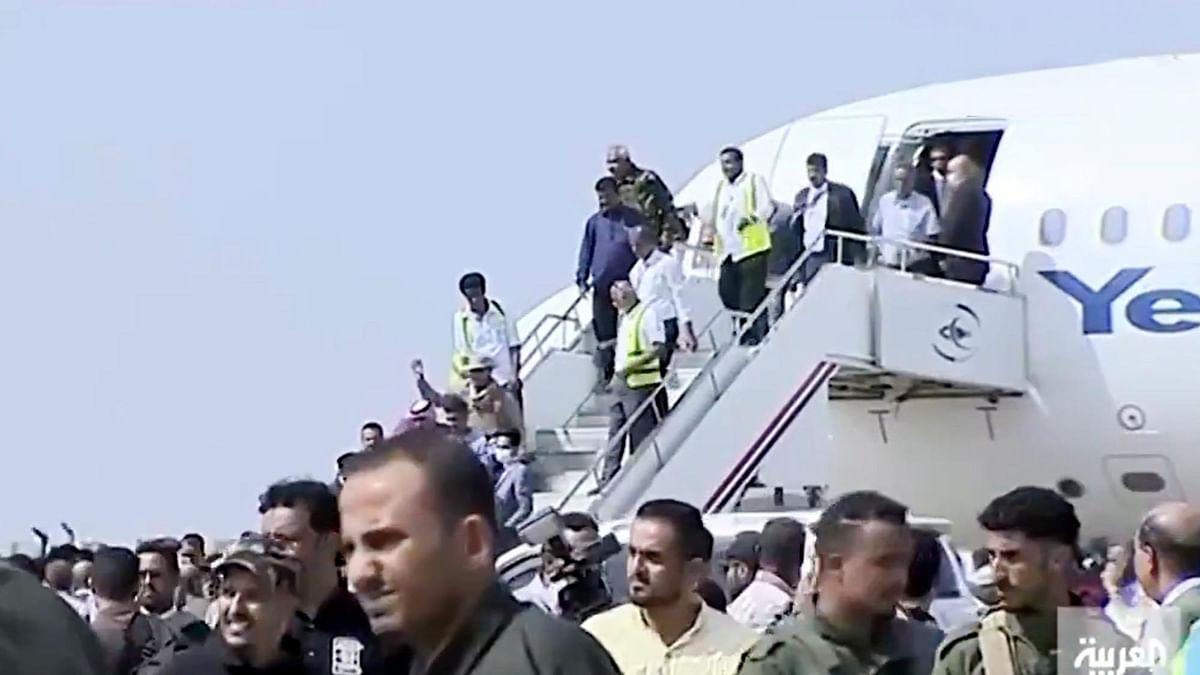 یمن: عدن ایئرپورٹ پر وزیر اعظم کے طیارے پر حملہ، 26 افراد ہلاک،  متعدد زخمی
