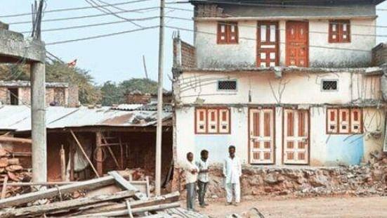 اندور میں ہوئے پتھراؤ کے بعد اقلیتوں پر ظلم کی انتہا، توڑے گئے مزید 13 گھر