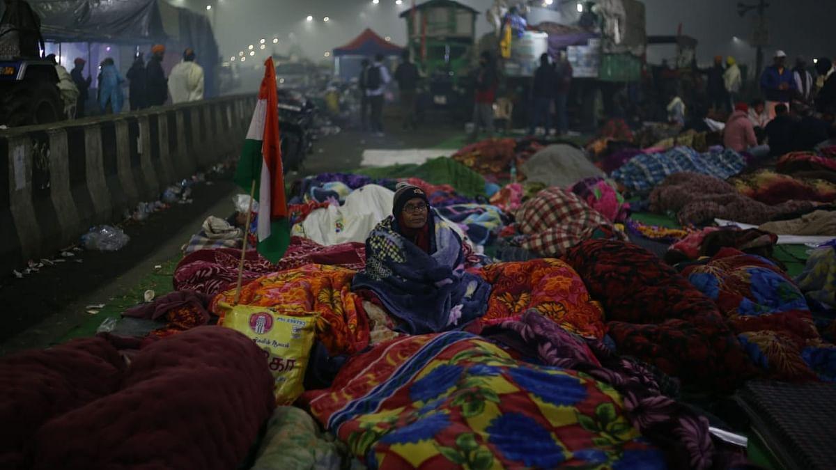 غازی پور بارڈر: ٹکیت کے آنسوؤں نے روکا پولیس  ایکشن، مظفرنگر میں آج مہاپنچایت