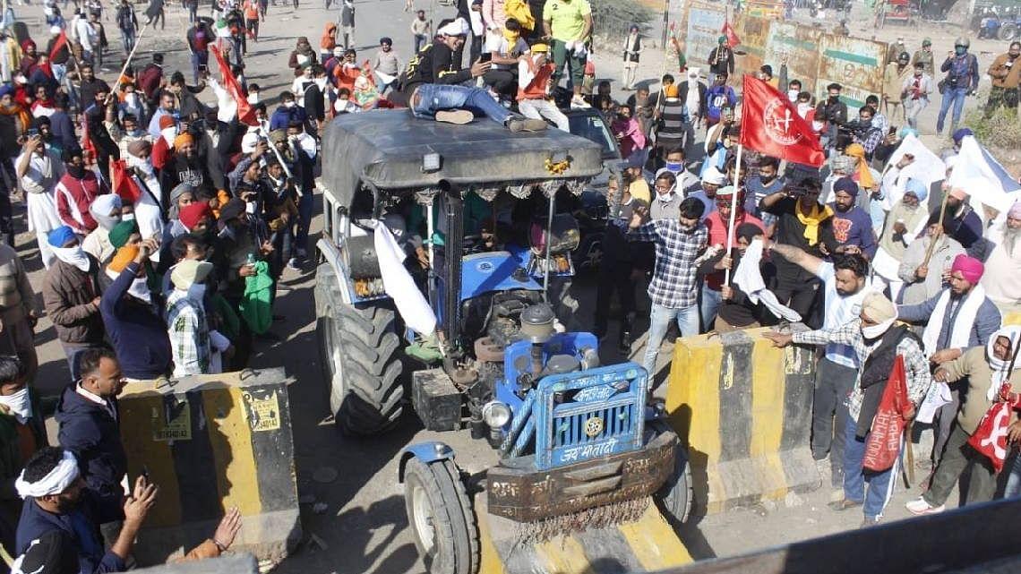 کسان تحریک: سختی کے باوجود روہیل کھنڈ سے 10 ہزار کسان پہنچے دہلی بارڈر