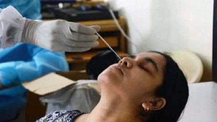 دہلی میں کورونا کے کم ہوتے معاملوں کے ساتھ اس کا خوف بھی ختم