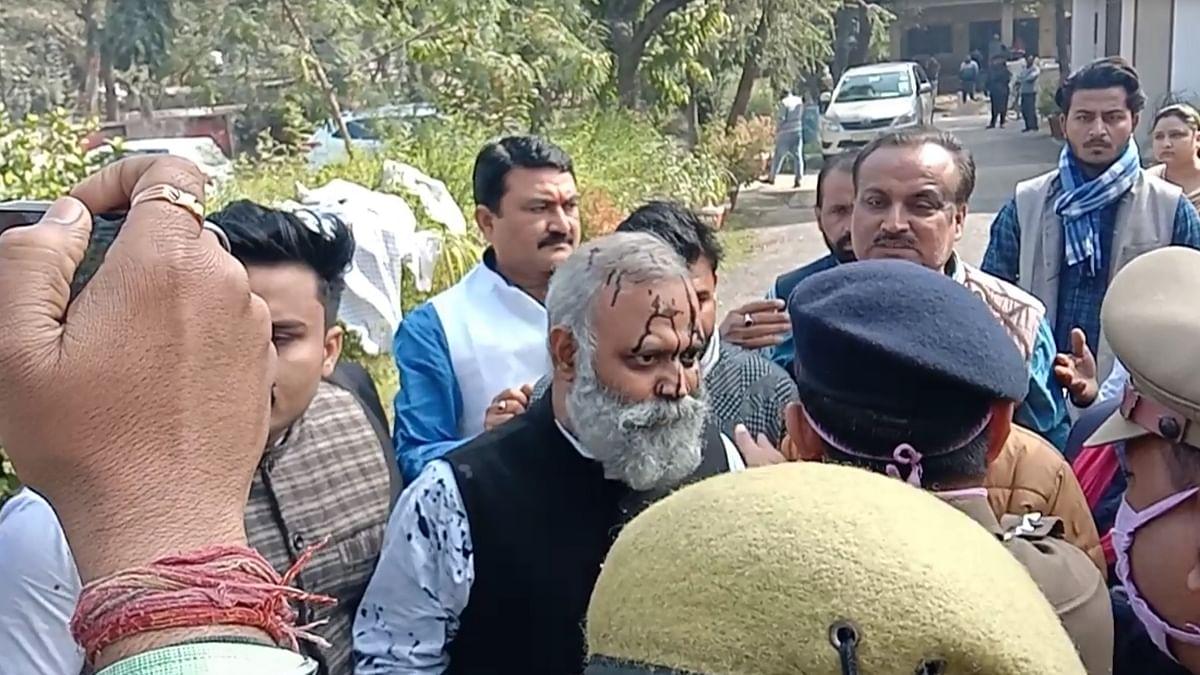 دہلی کے سابق وزیرقانون سومناتھ بھارتی کو  جیل بھیجا گیا