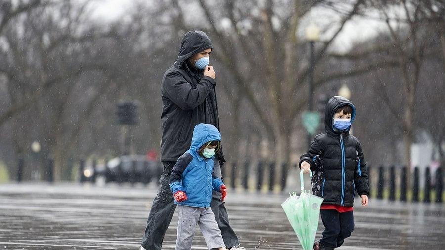 دنیا میں کورونا / تصویر آئی اے این ایس