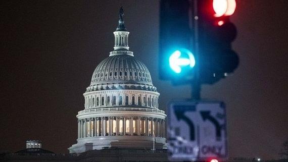 ٹرمپ کو اقتدار سے بےدخل کرنے کےلئے 25 ویں ترمیم کو نافذ کرنےپر غور
