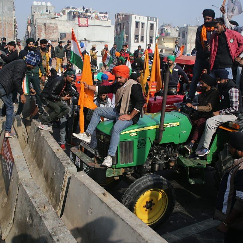 کسانوں کی ٹریکٹر پریڈ / Qaumi Awaz / Vipin