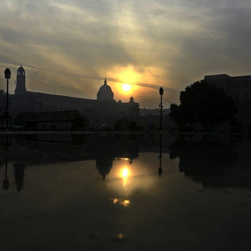 دہلی میں سال 2020 کی آخری شام / تصویر آئی اے این ایس