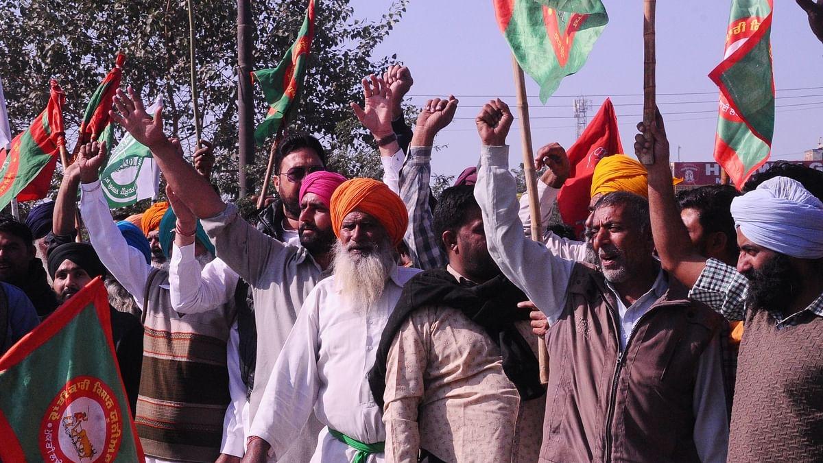 کسان تحریک: مظفر نگر میں ٹکیت کے حق میں مہاپنچایت، ہزاروں کسانوں کی شرکت