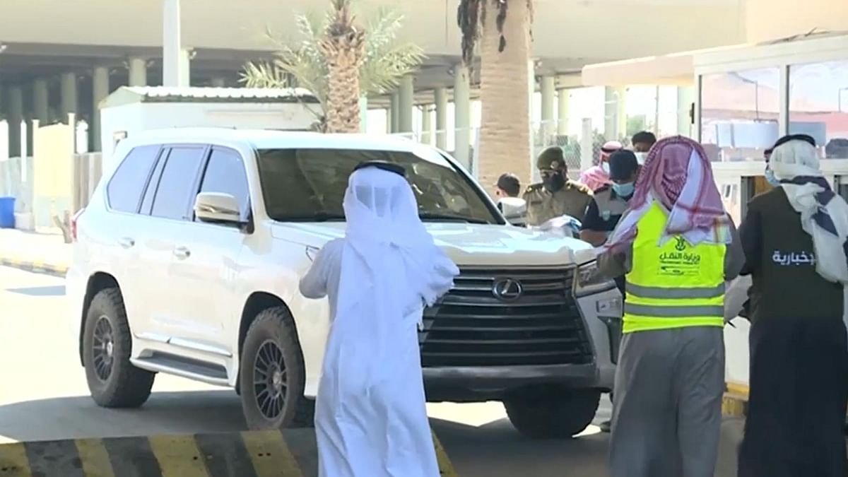 قطر سے ساڑھے تین سال کے بعد گاڑیوں کا سعودی عرب میں داخلہ
