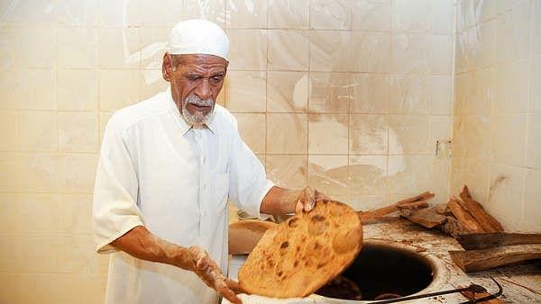 سعودی عرب: الاحسا کی 'سرخ روٹی'، صدیوں پر محیط بقا کی جنگ