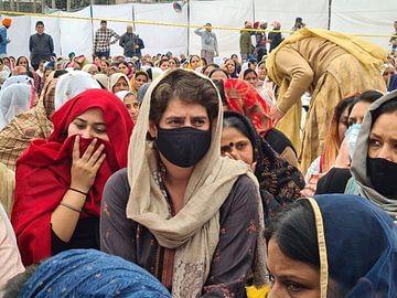 شہید نوریت کے آخری 'ارداس' میں شامل ہوئیں پرینکا گاندھی، دیکھیں تصویری جھلکیاں