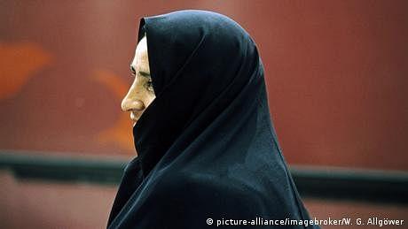 مشرق وُسطیٰ: کیا لوگ مذہب اسلام سے دور ہو رہے ہیں؟