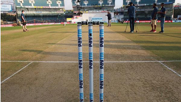 کرکٹ: مشکل میں انگلینڈ، 7 کھلاڑی پاکستان کے خلاف سیریز سے قبل کورونا پازیٹو