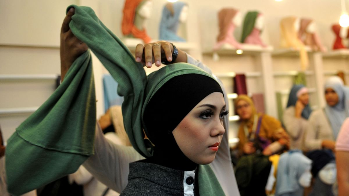 ٹی وی پر نظر آنے والے لیڈی کارٹون کردار کو بھی پہننا ہوگا حجاب، ایران کا فرمان!