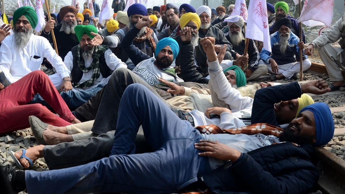 ریل روکو تحریک کا پنجاب اور ہریانہ میں زبردست اثر رہا، کسانوں کا احتجاج جاری